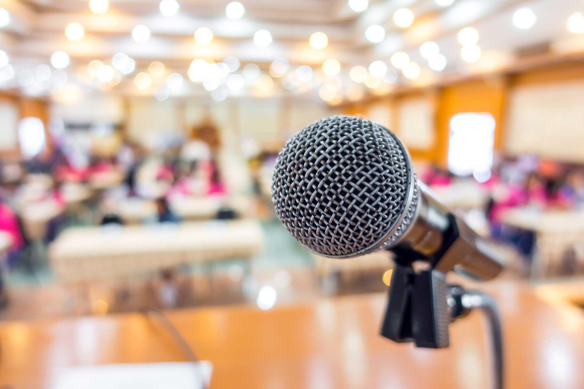 Formations internes, formations professionnelles et conférences